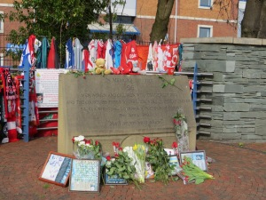 The memorial to the 96