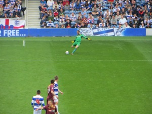 Almunia on the ball