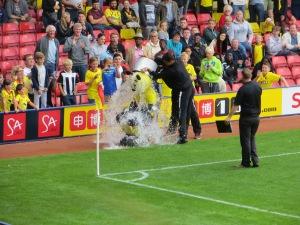 Harry undertaking the ALS/MND ice-bucket challenge