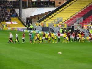 The teams emerge from the tunnel
