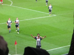 Angella celebrates in front of the travelling Hornets