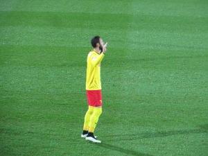 Layun's extensive pre-match prayer