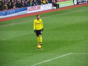 Layun lines up a free kick