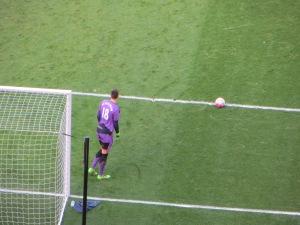 Pantilimon lines up a goal kick