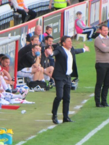 Mazzarri expressing his frustration