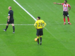 Capoue lines up a free kick